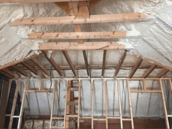spray_foam_insulation_airtightness_attic_insulation